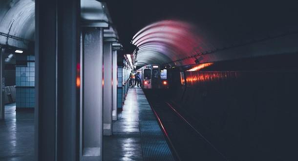 dark-metro